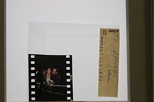 slides-photo-of-a-child-shout-to-the-osmonds
