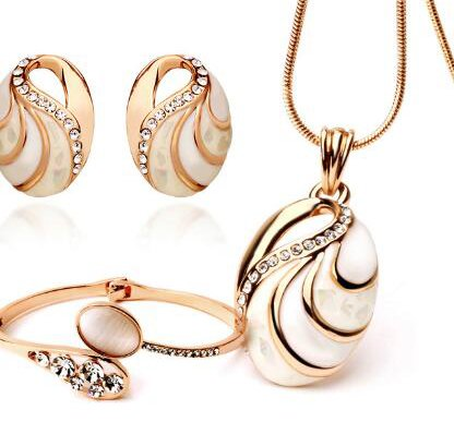 YouBella Presents Gracias Collection Combo of Necklace Jewellery Set / Pendant Set with Earrings and Bracelet for Girls and Women