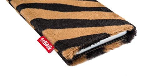 fitBAG Bonga Giraffe Handytasche Tasche aus Fellimitat mit Microfaserinnenfutter für Apple iPhone 5 / 5s / SE 16GB 32GB 64GB | Schlanke Hülle als edles Zubehör mit praktischer Reinigungsfunktion | Run Bonga Tiger
