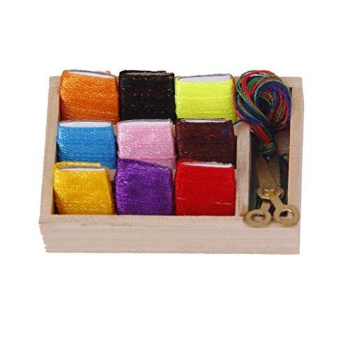 TOOGOO(R) Maison de Poupee Miniatures Ciseaux de Fil a Coudre en Coffret Bois 1:12 0888309334619