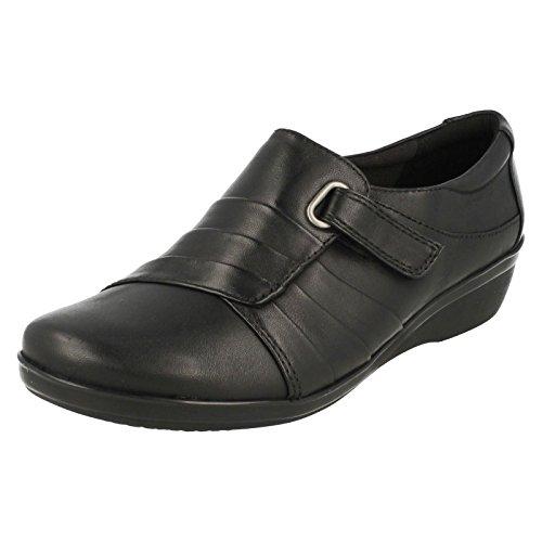 CLARKS Clarks Womens Shoe Everlay Luna Black Leather 6.5 E