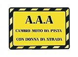 A.A.A. cambio moto da pista con donna...