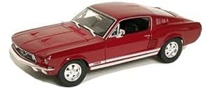 Maisto 1:18 1967 Ford Mustang GTA Fastback Diecast Model Car