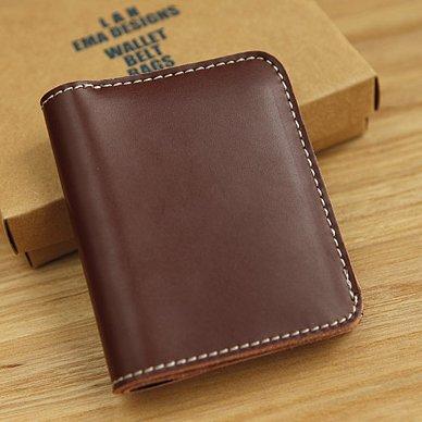 Die Original handgemachte Männer Geldbeutel, kurze vertikale Tasche aus echtem Leder, Leder Mini Geldbörse, Hellbraun Wine Brown
