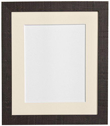FRAMES BY POST 40 x 50 cm-Korn Bilderrahmen, mit elfenbeinfarbenem Passepartout, Glas und Kunststoff Bilderrahmen für DIN A3, Größe, Dunkelbraun
