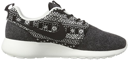 Nike Wmns Roshe One Winter, Scarpe sportive, Donna Black/Black-Sail