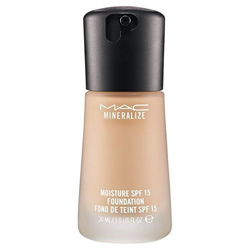 MAC Mineralize Moisture Fluid SPF15 Foundation NC35 by MAC