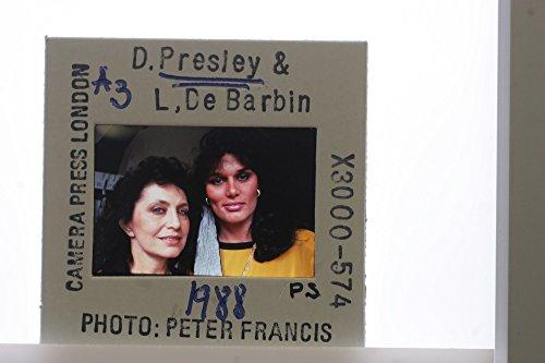 slides-photo-of-elvis-daughter-desiree-presley-with-her-mother-lucy-de-barbin