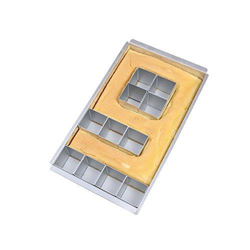 La sartén para tartas crea cualquier número o letra al organizar y quitar bloques. Simplemente rellena la sartén donde se eliminaron los bloques y hornea. Una bandeja para tartas puede hacerlo todo.