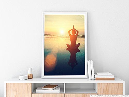 EAU ZONE Home Bild - Art Fotos – Yoga am Strand- Poster Fotodruck in höchster Qualität