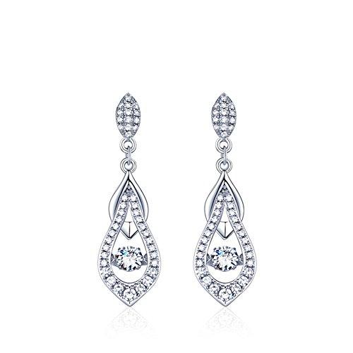 Fiancée avec accessoires/ les bijoux en argent B