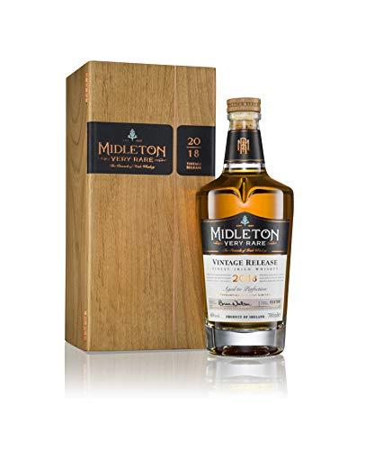 Midleton Very Rare Irish Whiskey 2018 - Limitierter Whiskey mit Gravur von Brien Nation - Edle Spirituose inkl. Holzbox - ideales Geschenk & Sammlerstück - 1 x 0,7 L