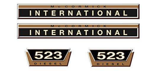 MC Cormick / IHC Aufkleber Motorhaube 523 Gold
