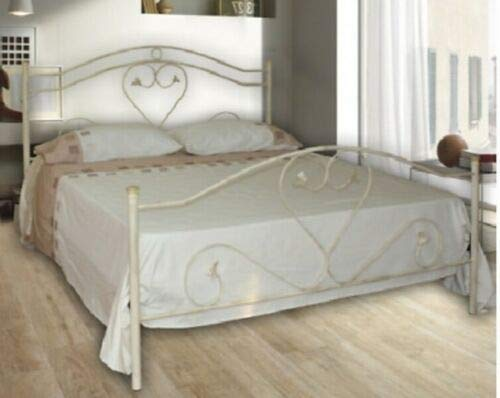 Camera da letto shabby