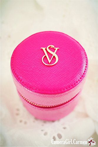 victoria-s-secret-global-travel-adaptor-pink