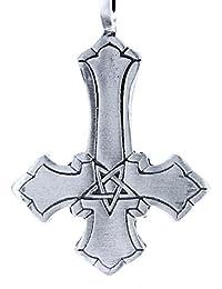 Colgante en forma de cruz de estaño