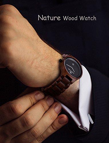 Greentreen Handgefertigte Herren Holzuhr aus massivem, rötlichen Sandelholz, Armbanduhr für Männer mit Quarzziffernblatt und Datumsanzeige - 4