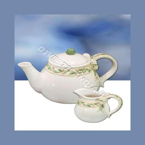KIPITALIA S.R.L.., TEEKANNE und Milch in Keramik Holly -