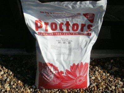 20kg-sack-of-proctors-potato-and-vegetable-fertiliser