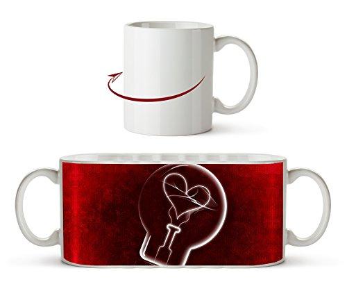 Zeichnung einer Glühbirne mit einem Herz als Motivetasse 300ml, aus Keramik weiß, wunderbar als...