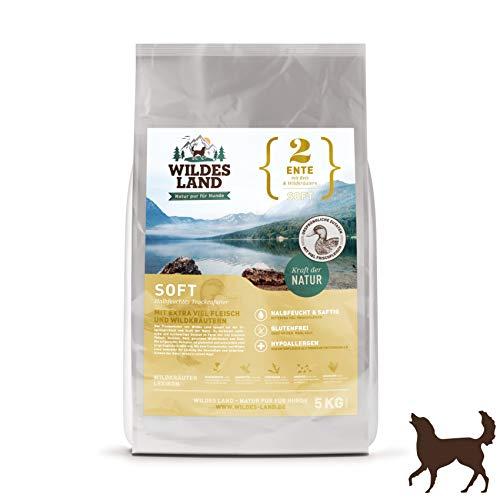 Wildes Land | Halbfeuchtes Trockenfutter für Hunde | Nr. 2 Ente | 5 kg | mit Reis und Wildkräutern | Glutenfrei | Extra viel Fleisch | Soft Für alle Hunderassen Akzeptanz und Verträglichkeit