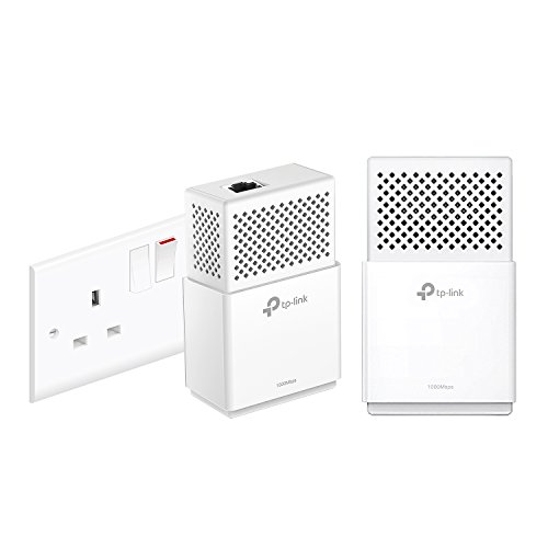 Price comparison product image TP-Link TL-PA7010KIT 1-Port Gigabit Powerline Starter Kit,  Data Transfer Speed Up to 1000 Mbps,  Ideal for HD / 3D / 4K Video Streaming and Online Gaming,  No Configuration Required