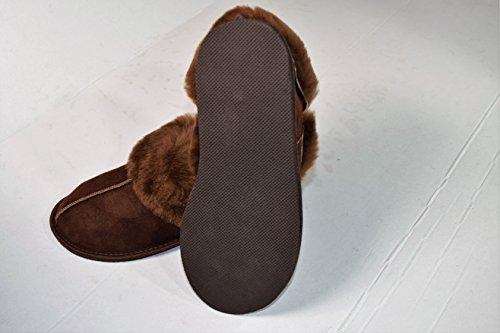 Zoom IMG-1 naturasan scarpe chiuse donna marrone