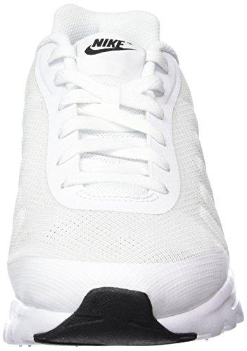 sale retailer 8820b e2452 Nike Air Max Invigor, Chaussures de Running Compétition Homme, Schwarz, 41  EU Multicolore ...