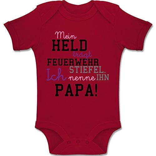 Feuerwehr Baby - Mein Held Papa Feuerwehrmann - 1-3 Monate - Rot - BZ10 - Baby Body kurzarm Jungen Mädchen (Kleidung Feuerwehr)