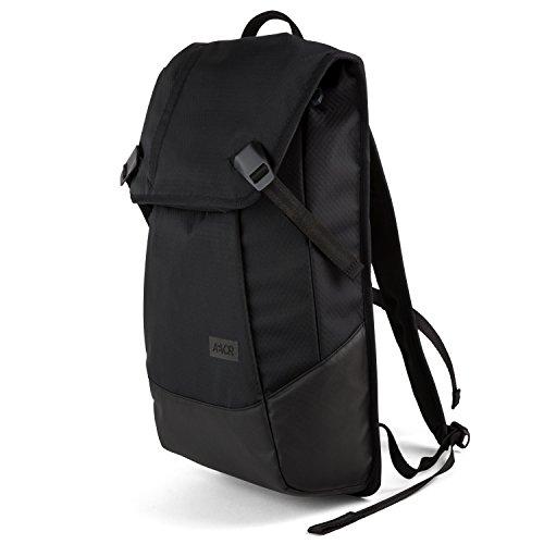 AEVOR Daypack Proof Black Rucksack für die Uni und Freizeit Inklusive Laptopfach und erweiterbar auf 28 Liter