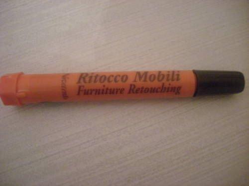 penna-ritocco-per-mobili-sostituisce-luso-del-pennello-per-ritoccare-abrasioni-e-scalfiture-di-super