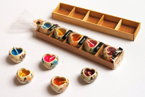 2er-Pack Thailändischer Spa-Kerzen, entspannendes Aroma, Kerze mit Mini-Herz-Keramik-Halter, Thailändisches Produkt