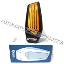 Motorline MP205 nueva lámpara destellante led multitensión para señalizar maniobra de puertas automáticas de garaje, cancelas correderas, parking, luz intermitencia destello señalización