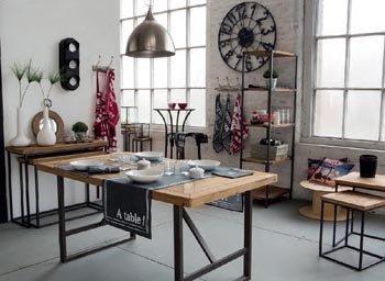 Tavolo Da Pranzo Industriale : Tavolo da pranzo industriale legno e metallo brocante tavoli di