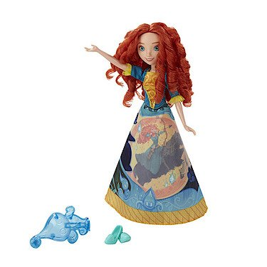 Hasbro B5301 - Disney Princess - Merida in magischem Märchenkleid [UK Import]