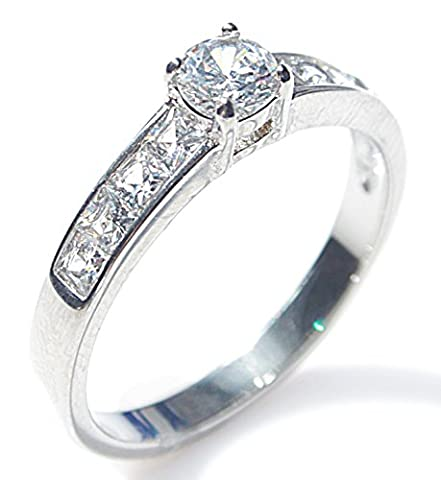 Women's Sparkling Simulated Diamonds Princess Cut Ring With A Flawless