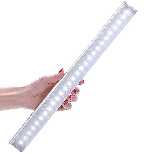 [Ultima Versione] Kingland Luce per Armadio a 27 LED Ricaricabile con Sensore Crepuscolare, Luce Notturna con Striscia Magnetica + Cavo di Ricarica USB, 4 Modalità AUTO/ON/OFF/Energy Saving, Perfetta per gli Spazi senza Luce Ambientale o Elettrica