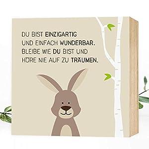 Wunderpixel® Holzbild Wunderbar-Hase - 15x15x2cm zum Hinstellen/Aufhängen, echter Fotodruck mit Spruch auf Holz - Wand-Bild Aufsteller im Kinderzimmer zur Dekoration oder Geschenk-Idee süßes Häschen