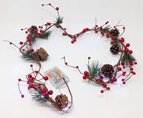 Unbekannt traditionellen roten Beeren und Tannenzapfen Christmas Garland. Bis. 20Gratis Akku LED Micro Lichtern. 3gratis AA Batterien. 1,4m (122cm 7in in) in Länge. -