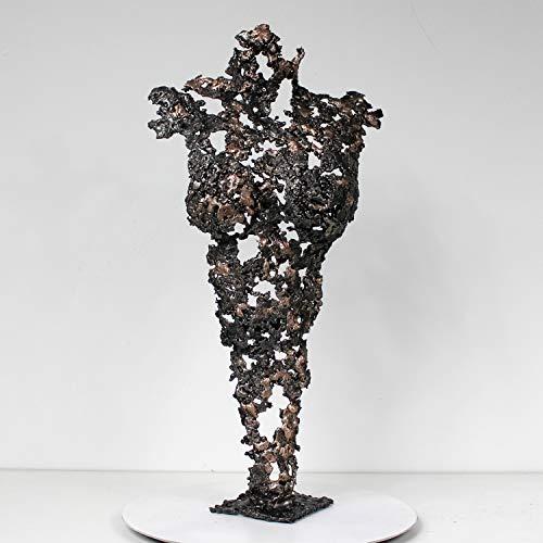 Pavarti Oscuridad - Skulptur Frauenkörper Metall Stahl Bronze von Philippe Buil