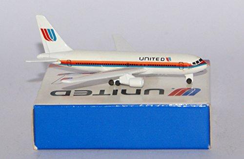 schabak-boeing-767-222-united-airlines-2-nd-version-in-massstab-1-600