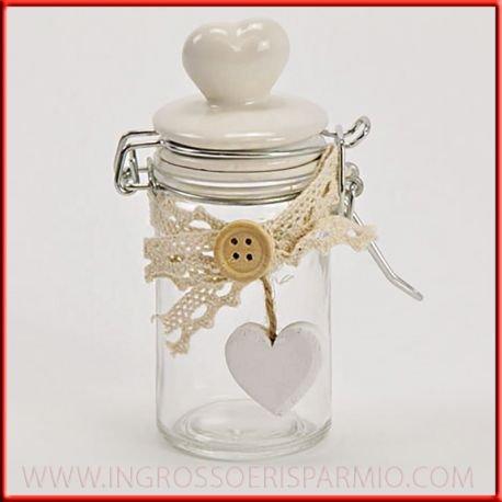 Barattoli in vetro stile shabby chic con tappo in ceramica bianca a forma di cuore,decorato con merletto,bottone e un cuoricino bianco in legno - bomboniere fai da te,cresima,battesimo,comunione,compleanno, nozze,anniversario (kit 6 pz)