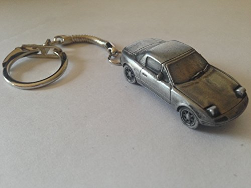 mazda-mx5-with-hard-top-and-raised-head-lamps-3d-snake-keyring-full-car-ref124