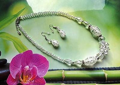 Parure translucide et blanche : collier, boucles d'oreille pendantes - perles en cristal et verre lampwork/Idée cadeau femme, Noël, Saint Valentin, fête des mères, anniversaire