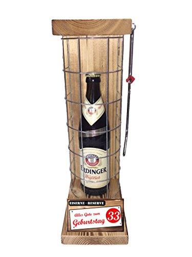 Alles Gute zum 33 Geburtstag Die Eiserne Reserve mit Erdinger Weißbier 0,50L incl. Säge zum zersägen des Gitters - Das ausgefallene witzige originelle lustige Geschenk - Geschenkidee