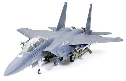 *Tamiya 300060312 – 1:32 Boeing F-15E Strike Eagle Bunker Buster*