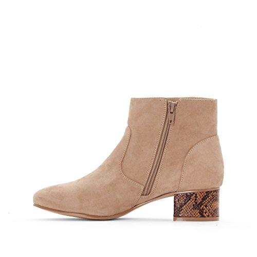 R Edition Frau Boots Mit Absatz In Lackoptik Taupe