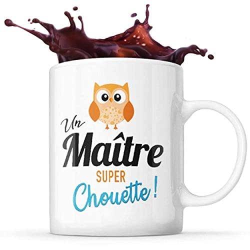 Mug Life Mug Maitre Cadeau de Fin d'Année pour « Un maitre Super Chouette »   Résistant au Lave-Vaisselle et Micro-Ondes   Hauteur : 9,7 cm – Diamètre : 8,2 cm   Capacité 325 ML