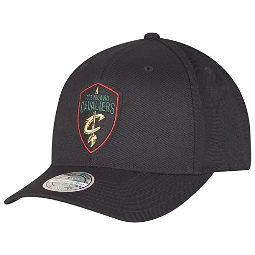 Mitchell & Ness Cleveland Cavaliers NBA Luxe 110 Curved Snapback, Black, Gr. One Size