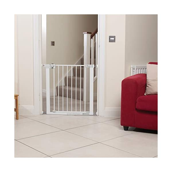 Safety 1st U-Pressure Barrier Metal-White Safety 1st U-pressure barrier metal is barrier gate with stair gate Fixing by 4 points pressure makes no holes in the walls Quick installation cups provided to avoid damaging the walls 4